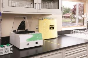 Hazmat spill response kit