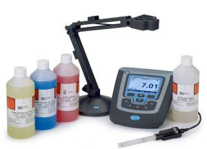 HQ411d Benchtop Meter Package with PHC201 Gel pH Probe, Hach