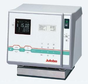 Heating Circulators for Internal/External Applications, JULABO